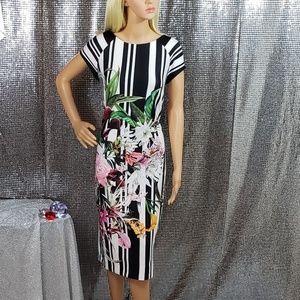 B&W Zip-Up ECI Floral Patterned Pencil Dress